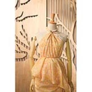 数码喷绘 · 纯天然面料 · 可印苎麻~亚麻~金属丝~棉~天丝棉(冬) · 花型独立设计 · 已普洗 · 5米起做 · 接受花型订做 · 朋友圈可查看花型(微信:18922191225)