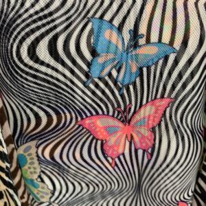 斑马纹加蝴蝶印花